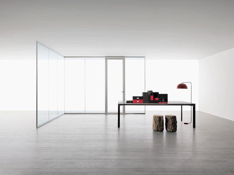 מחיצות basic זכוכית למשרדים