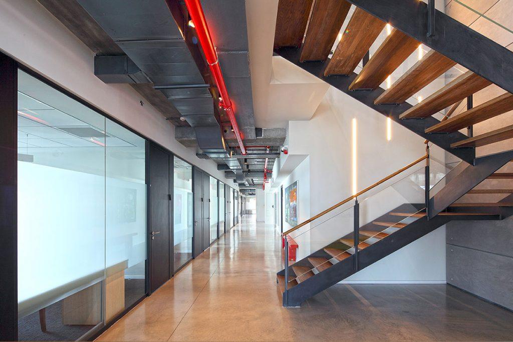 מחיצת זכוכית למשרדים, רצפה תקרה - Glassline תמונה מס' gl004