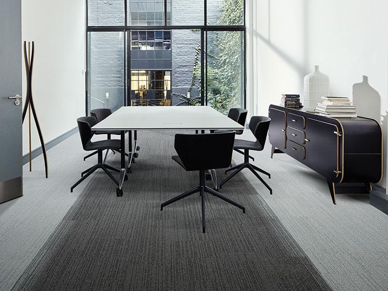 חיפויי רצפה מעוצבים למשרדים