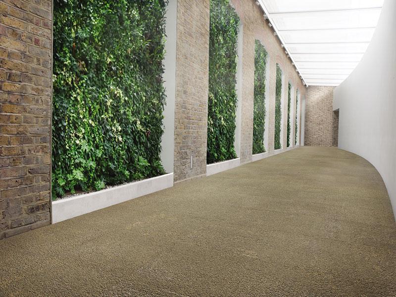 שטיח משרדי, חיפויי רצפה שטיח אריחי בצבע חום
