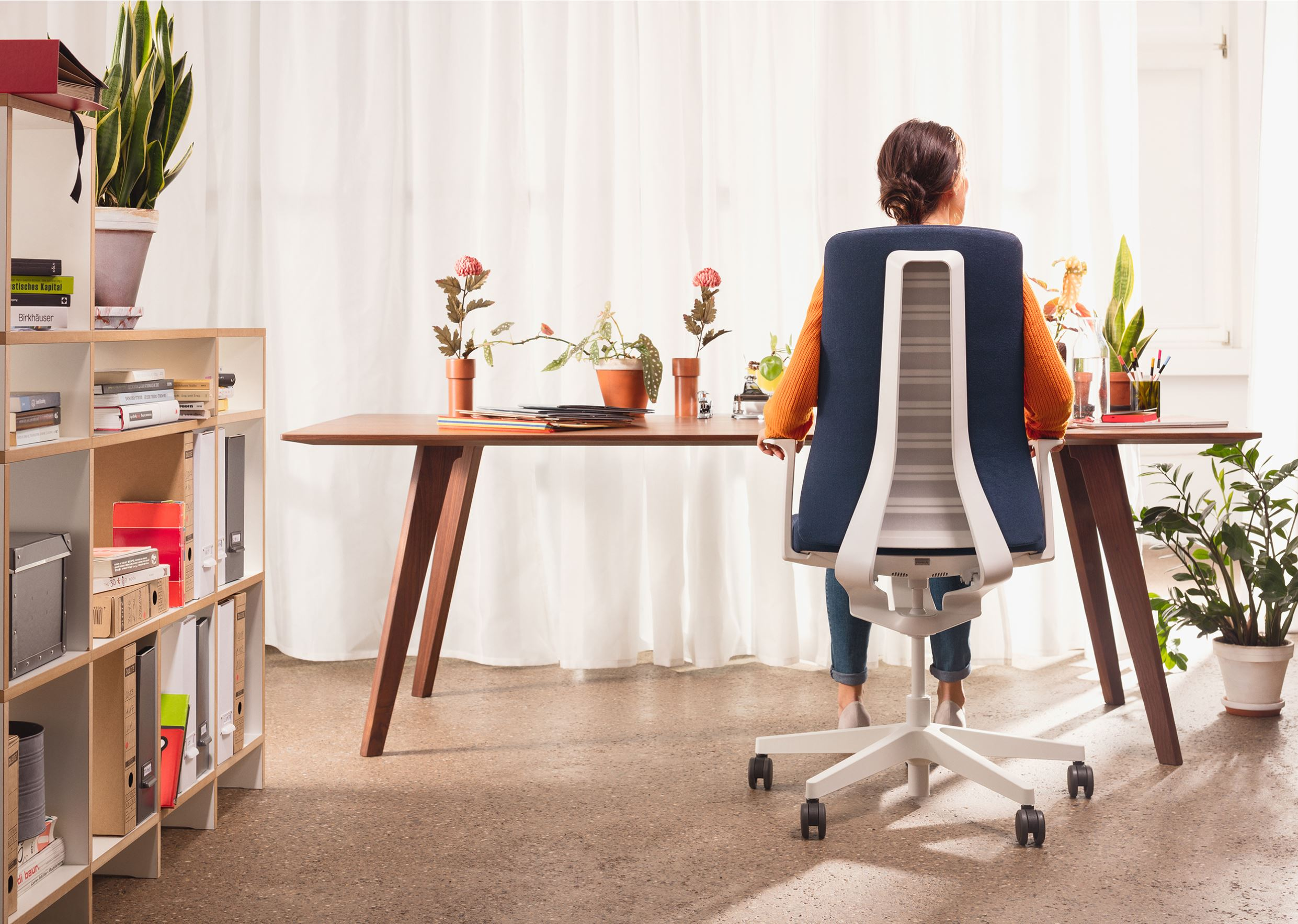 סביבת עבודה ביתית - interstuhl Pure | אינובייט